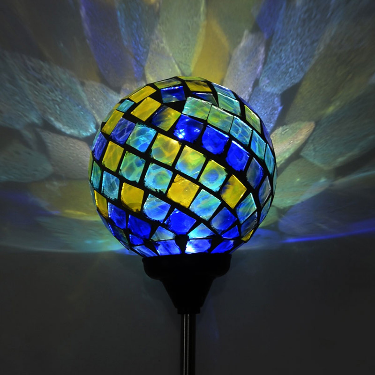 33 Quot Solar Mosaic Led Globe Stakes Asstd Display Of 16